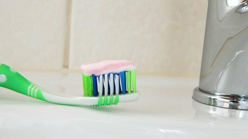 Paste za zube DENTAVIT s mineralima, bez SLS